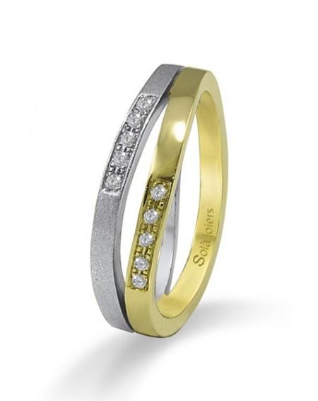 Colgante en oro blanco de 18k y un diamante
